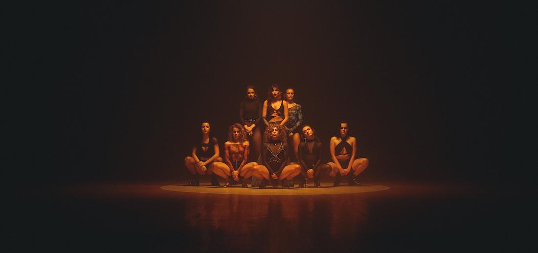 Трек для выходных: Michelle Andrade представила новое dance video на песню Mirror