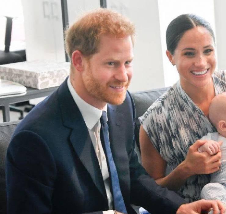 Мімімі дня: син принца Гаррі та Меган Маркл привітав усіх з Новим роком