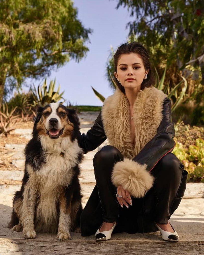 Givenchy, Celine и Cartier: Селена Гомес на обложке мексиканского Vogue
