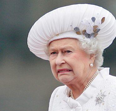 Сотрудник Букингемского дворца почти год воровал вещи из резиденции королевы