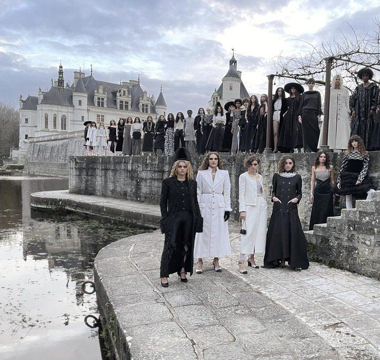 З єдиним гостем: у долині Луари пройшов показ Chanel Metiers D'Art 20/21