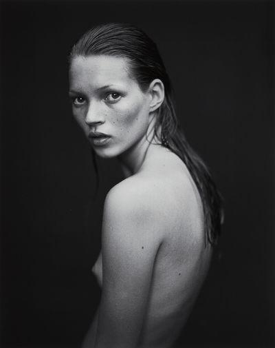 20 культовых снимков: Кейт Мосс в объективе ведущих фотографов мира