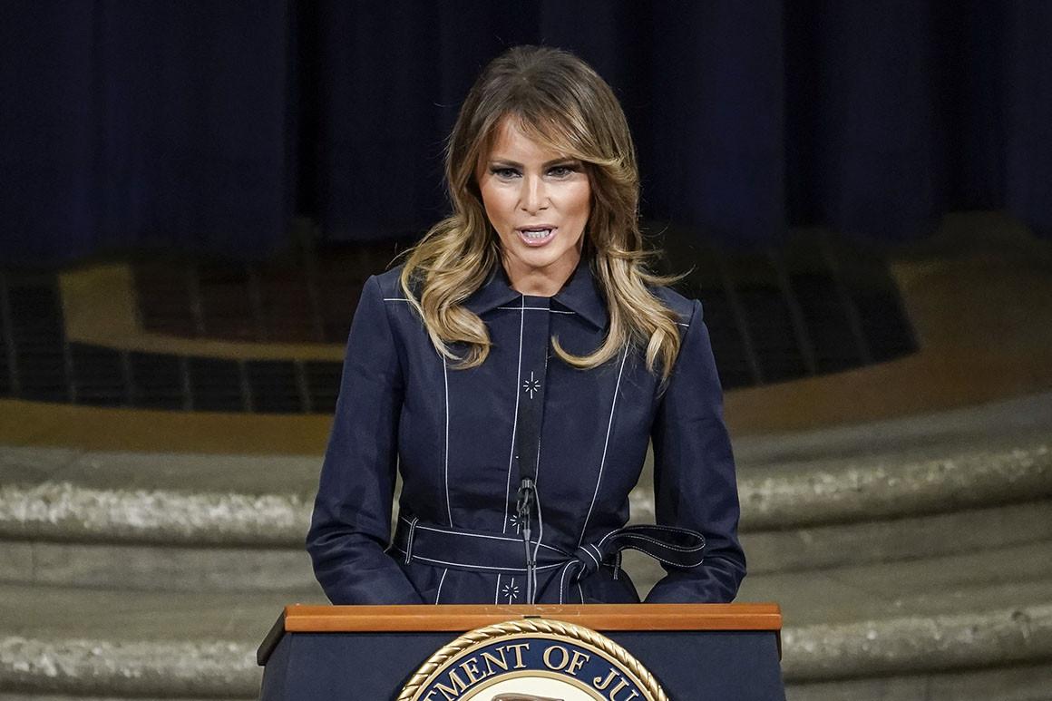 Мелания Трамп обратилась с прощальной речью в роли первой леди США