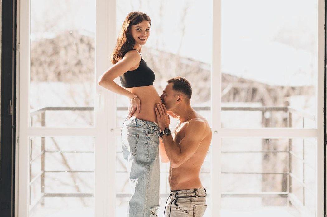 Макс Михайлюк и Даша Хлистун впервые станут родителями