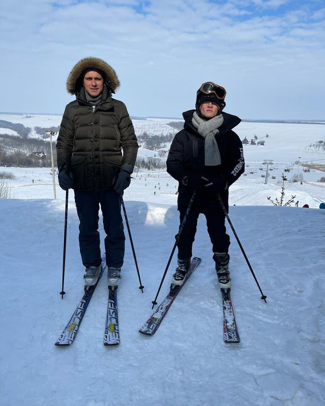Семейный уик-энд: Елизавета Юрушева и Александр Скичко отдохнули на украинском горнолыжном курорте