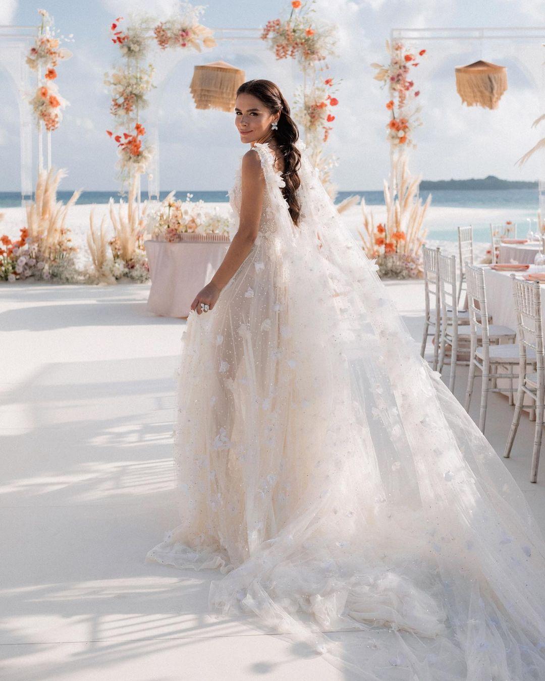 «Мы так долго этого ждали»: Иванна Онуфрийчук вышла замуж на Мальдивах