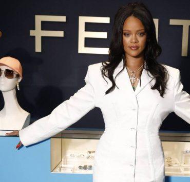 LVMH закрывает модный бренд Рианны Fenty