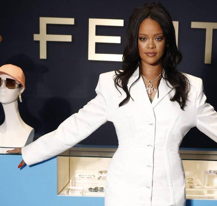 LVMH закриває модний бренд Ріанни Fenty