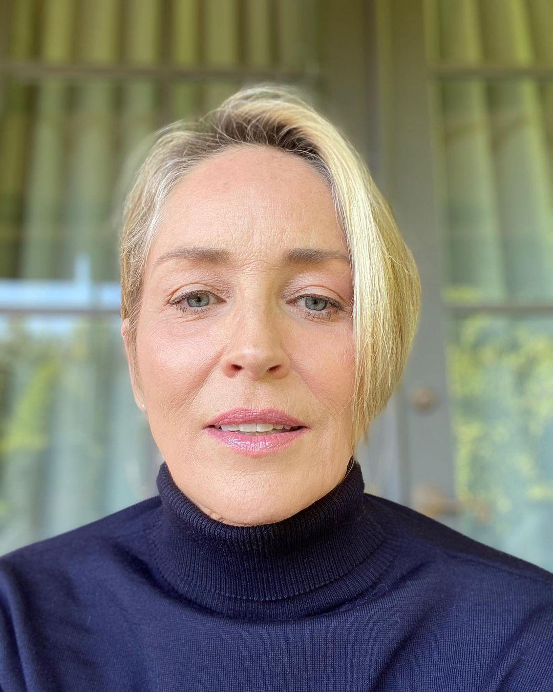 О жизни после инсульта и домашнем насилии: в свет вышли мемуары Шэрон Стоун
