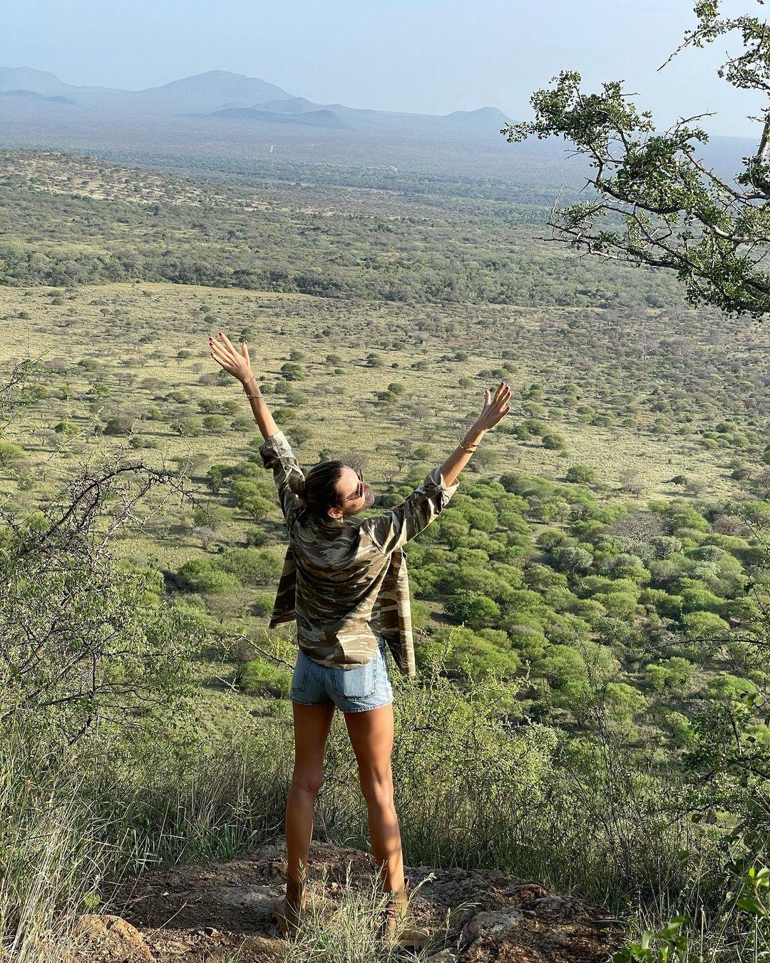 Девичник в Кении: Виктория Тигипко, Шура Олейник и Олеся Диденко исследуют Африку