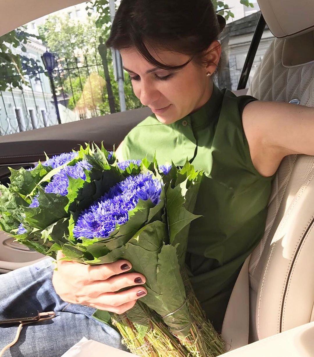 Весна в Instagram: как Катя Осадчая, Даша Квиткова и Александра Кучеренко провели 8 марта