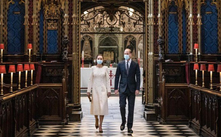 В кружевном платье-пальто: новое появление Кейт Миддлтон в Вестминстерском аббатстве