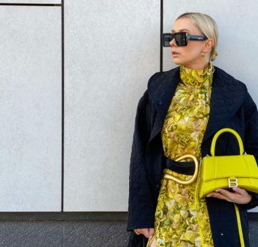 Акцент на цвет и аксессуары: лучшие стритстайл образы Недели моды в Париже