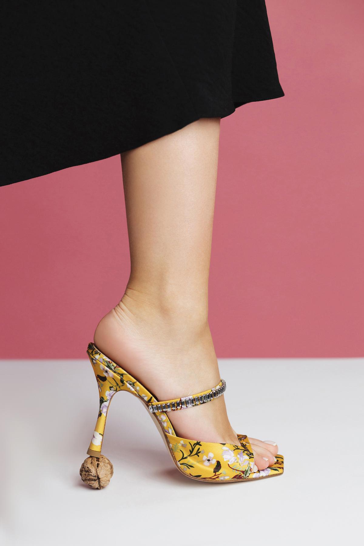 Тина Кароль выпустила весеннюю коллекцию обуви