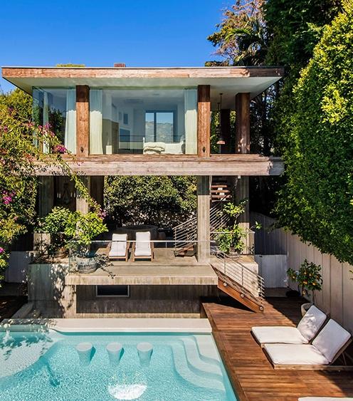 Памела Андерсон продает свой особняк за $15 миллионов: рассматриваем интерьер