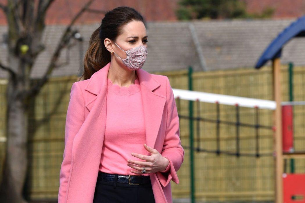Кейт Миддлтон и принц Уильям впервые с прошлого года вышли на публику