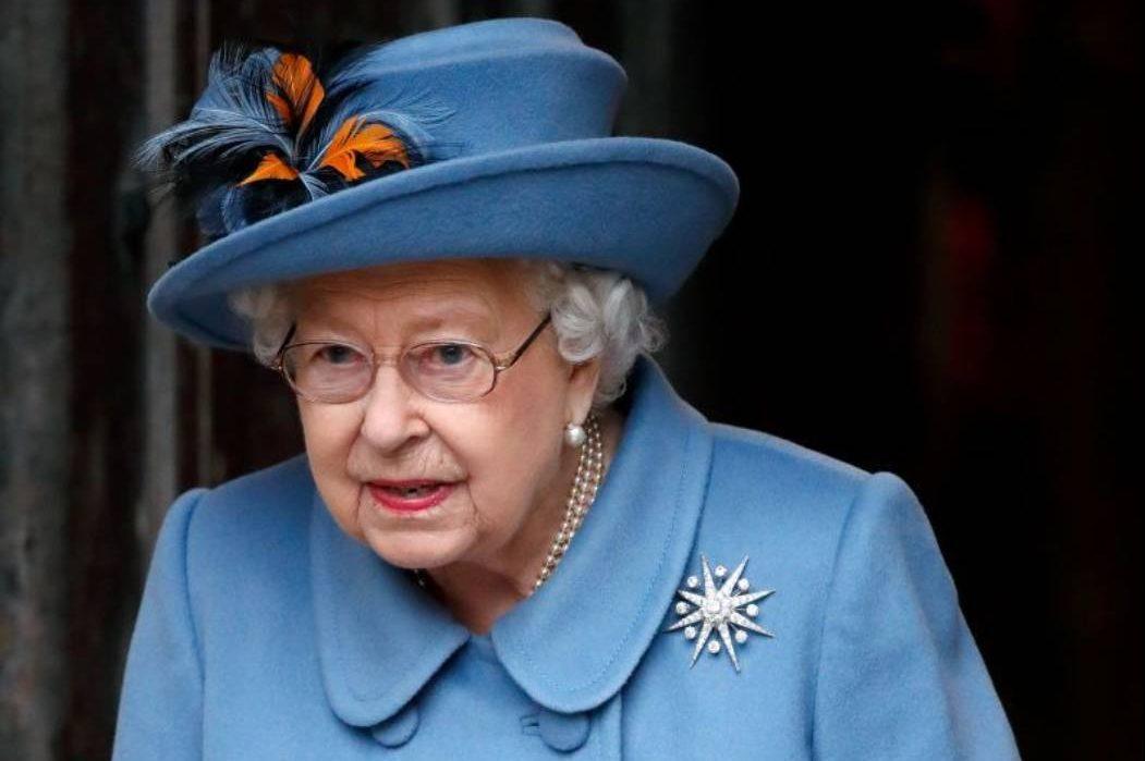 Королева Елизавета прокомментировала откровенное интервью Меган Маркл и принца Гарри