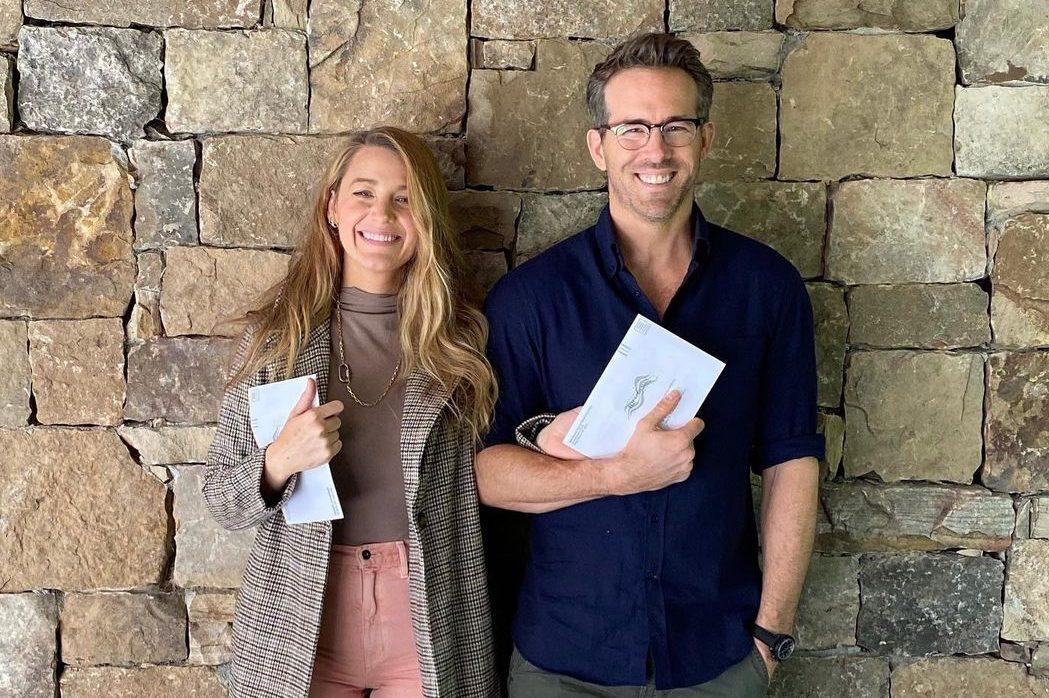 «Наконец-то получили 5G»: Блейк Лайвли и Райан Рейнольдс вакцинировались от COVID-19