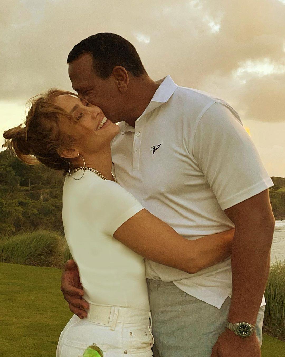 Тепер офіційно: Дженніфер Лопес і Алекс Родрігес оголосили про розставання
