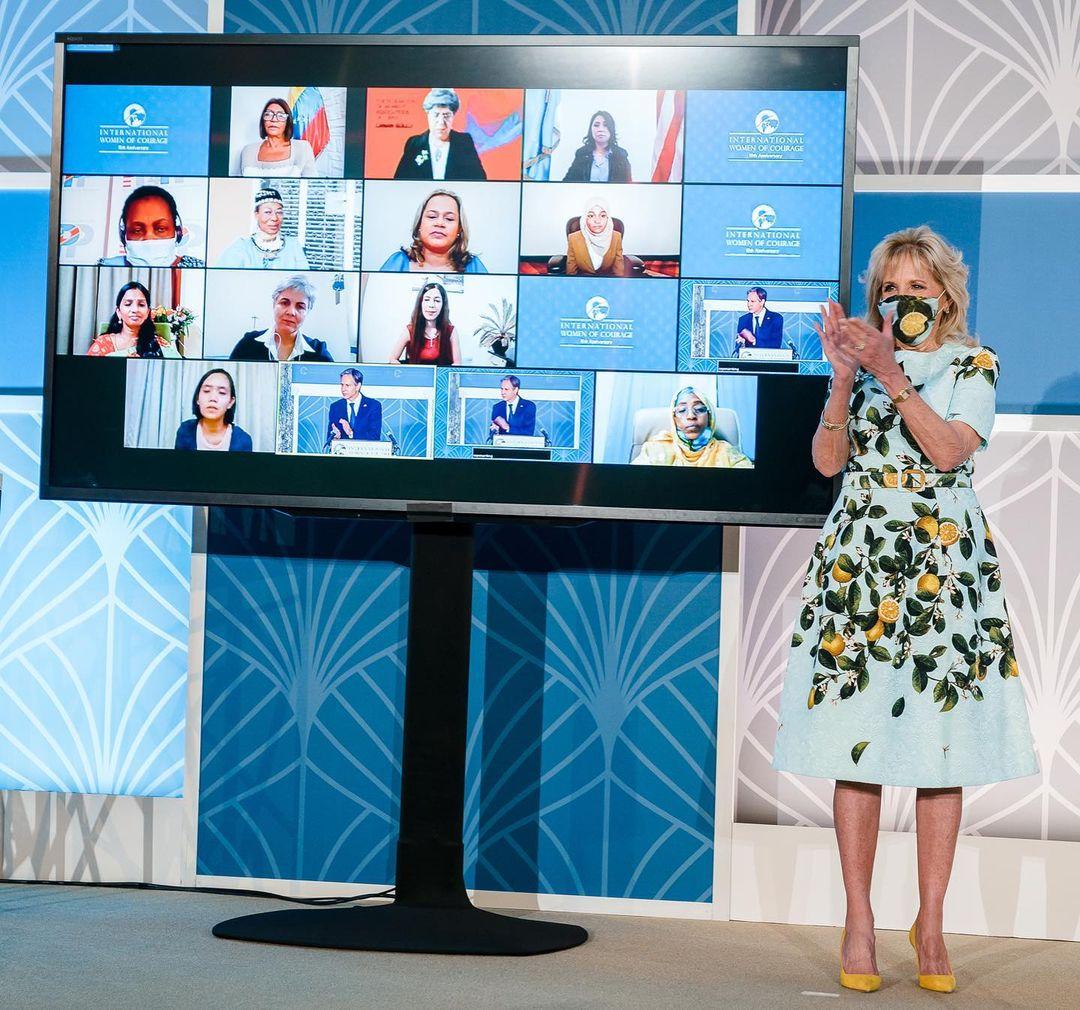 Битва нарядов: Джилл Байден и Меган Маркл в похожих платьях Oscar de la Renta
