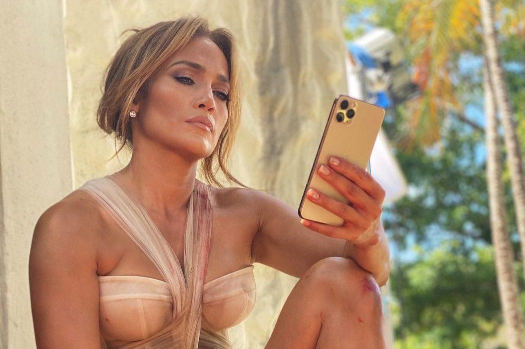 Приятное с полезным: как Дженнифер Лопес проводит время в Доминикане