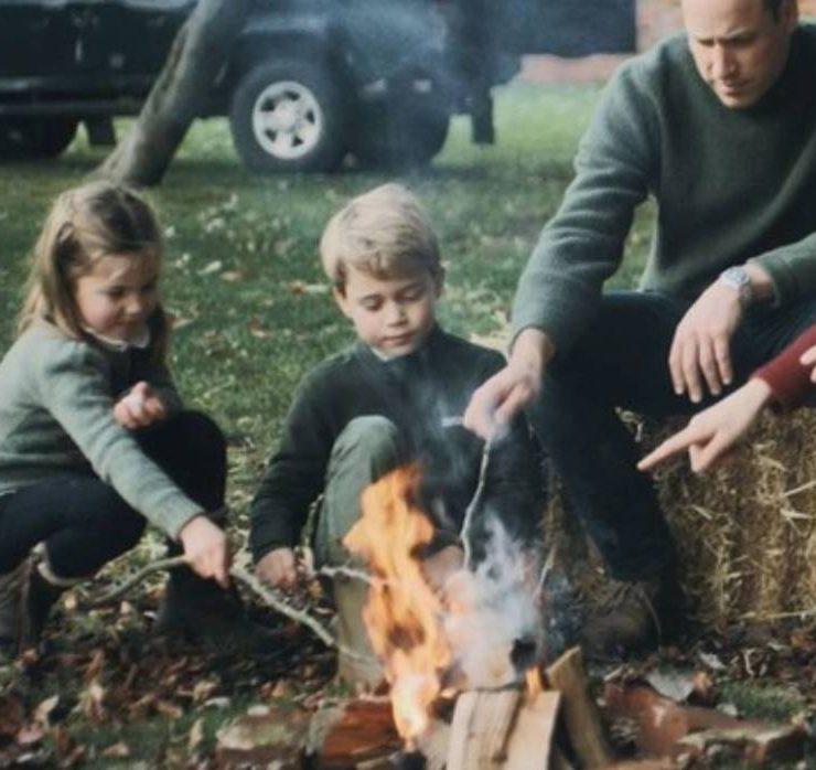 Прогулянки біля моря та посиденьки з дітьми: сімейна ідилія Кейт Міддлтон і принца Вільяма