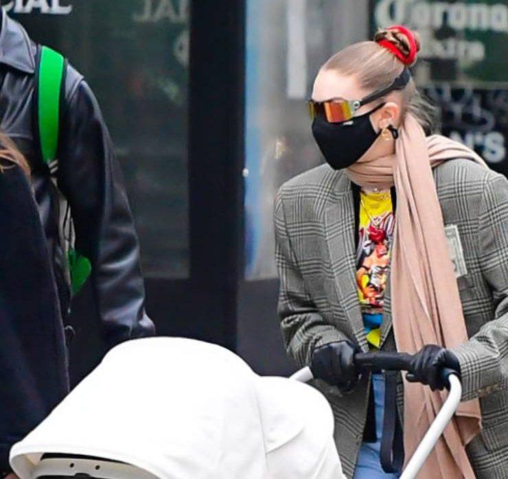 Стильна мама: найкращі street style образи Джіджі Хадід