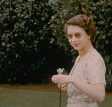 В сети появились ранее неопубликованные фото Елизаветы II