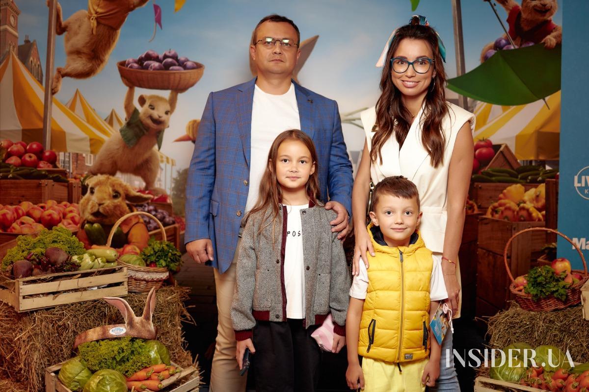 Сабина Мусина, Тимур Мирошниченко и другие гости премьеры «Кролик Петрик: Побег в город»