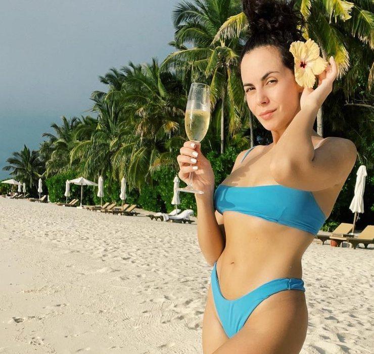 Hot! Топ-10 ефектних фото Насті Каменських у купальнику