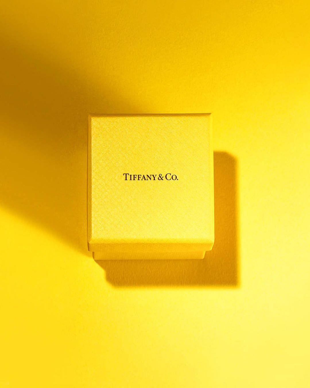 Tiffany & Co. открыли новый бутик – впервые в желтом цвете