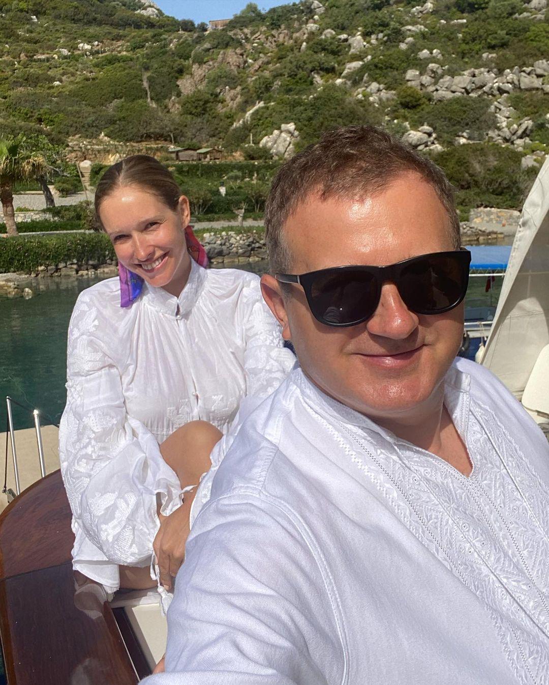 Instagram-хроника: как Настя Каменских, Катя Осадчая и Леся Никитюк отметили Пасху