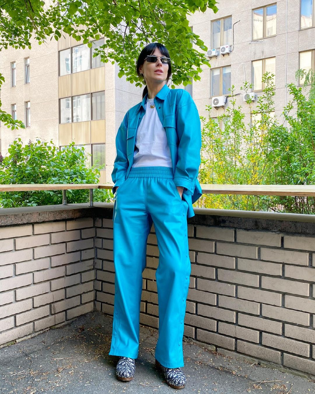 Тренчи, брюки и свитшоты: лучшие street style образы Маши Ефросининой