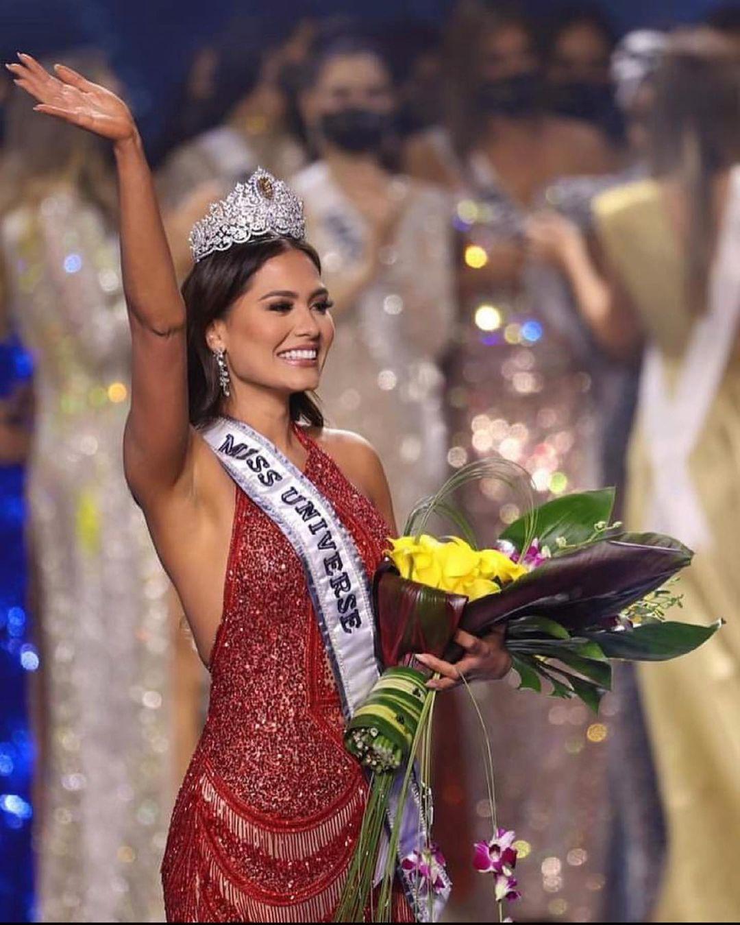 В Майами выбрали «Мисс Вселенную 2021»