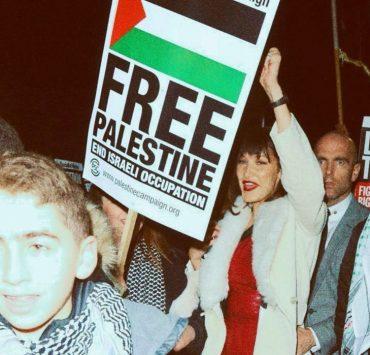 В New York Times обвинили Дуа Липу и сестёр Хадид в антисемитизме