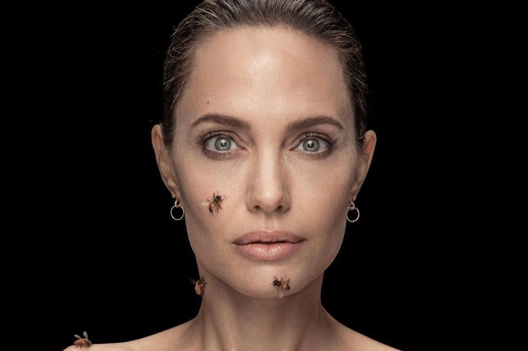 Анджелина Джоли снялась с роем пчел для National Geographic