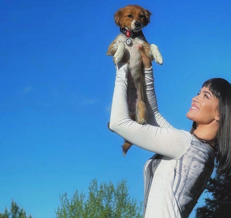 «Теперь она будет счастлива»: Даша Астафьева взяла щенка из приюта