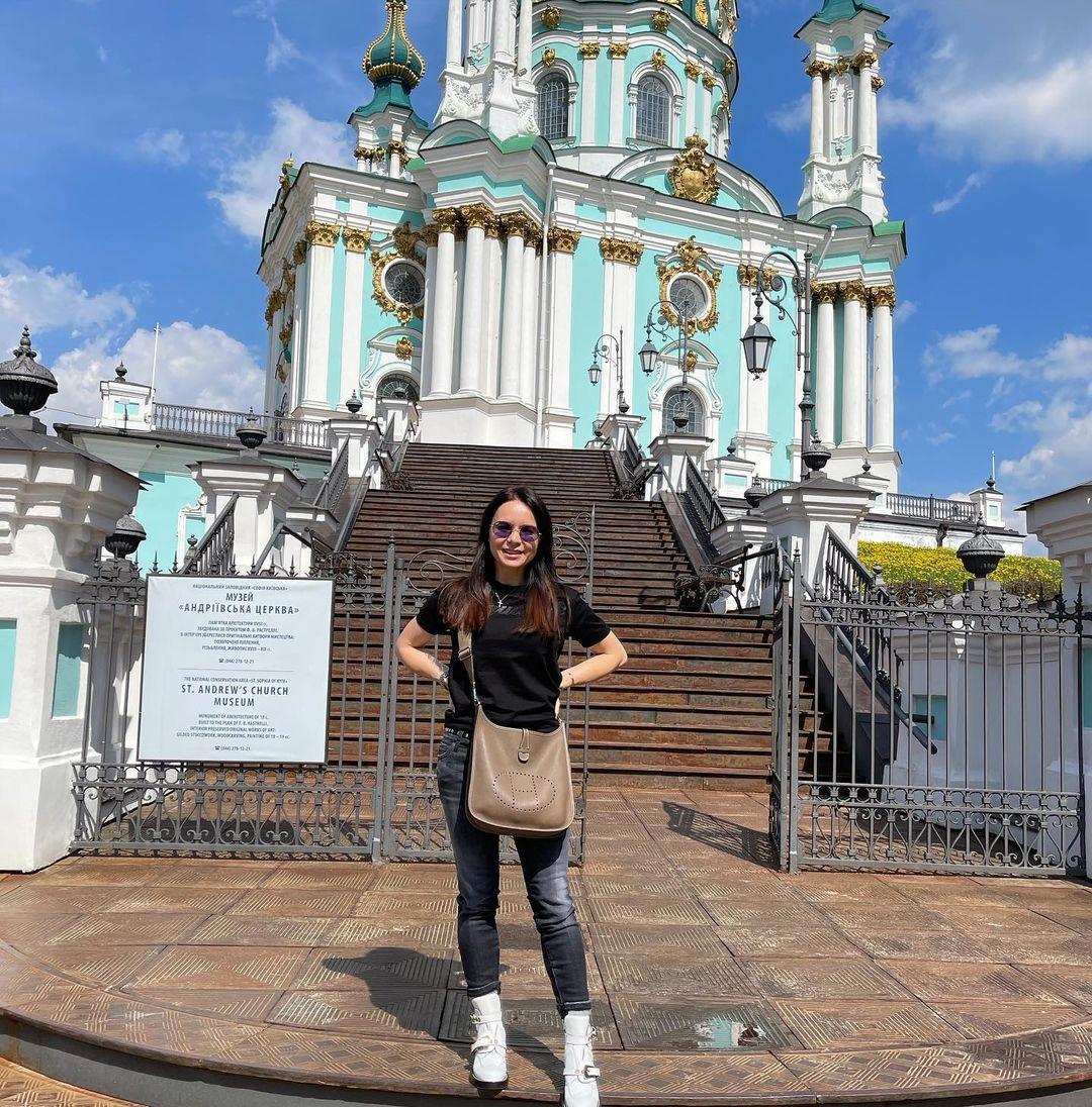 «Як тебе не любити…»: День Киева в ленте Кати Осадчей, Маши Ефросининой и Юлии Саниной