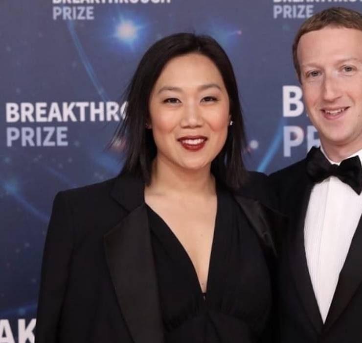 Юбилейный поход: Марк Цукерберг и Присцилла Чан отметили годовщину свадьбы