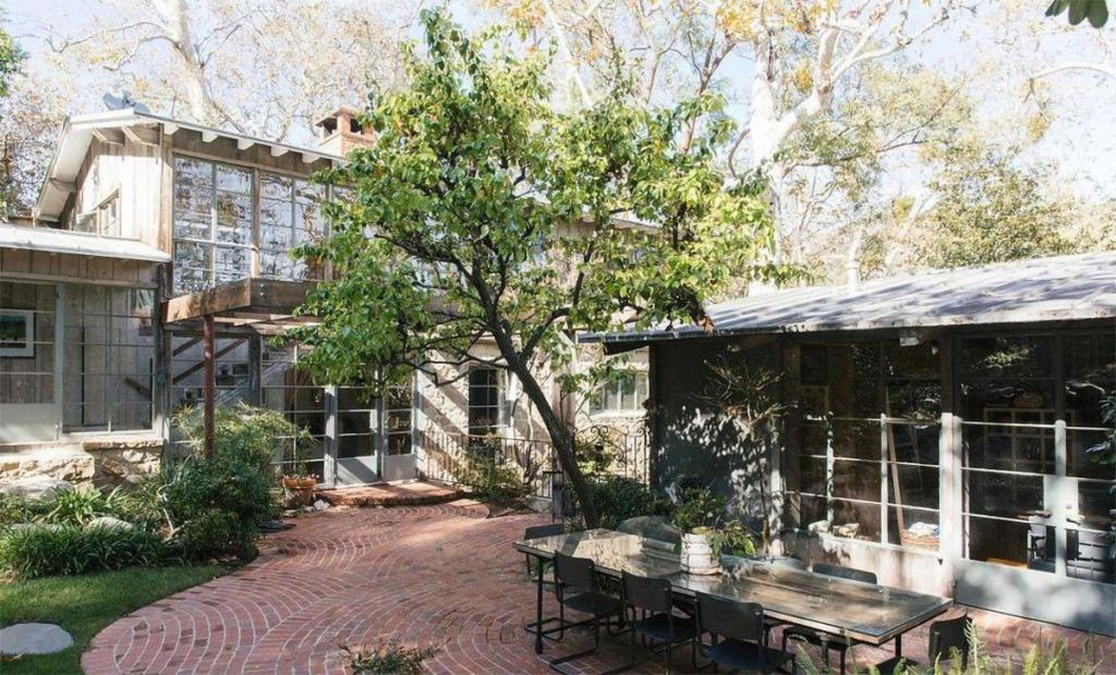 Ченнинг Татум купил сельский дом в Лос-Анджелесе: рассматриваем интерьер