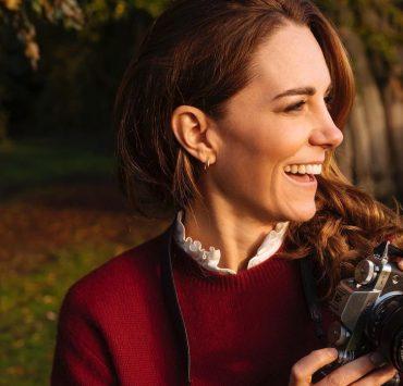Кейт Миддлтон и принц Уильям показали новый портрет принцессы Шарлотты