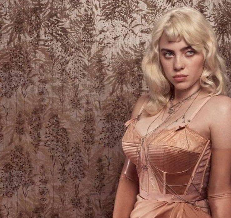 У Gucci та Burberry: провокаційна зйомка Біллі Айліш для Vogue