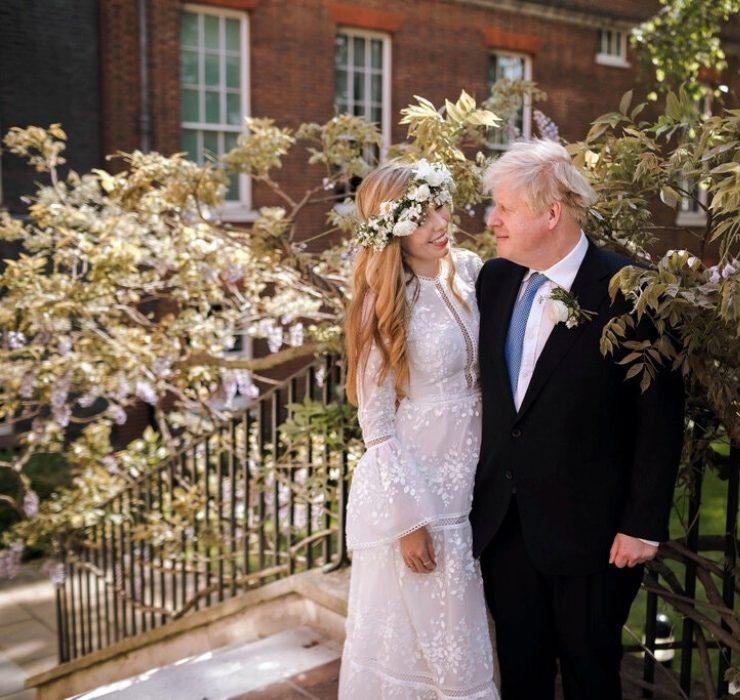 Премьер-министр Великобритании Борис Джонсон тайно женился