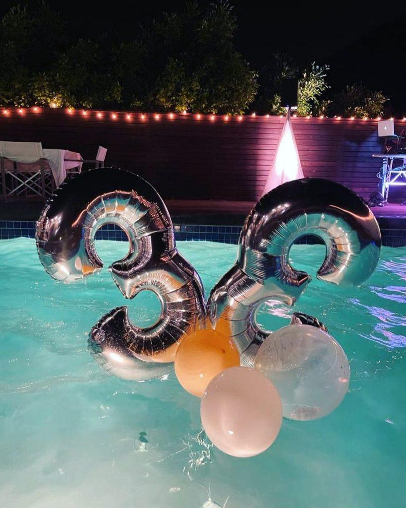 Вечеринка у бассейна: как Ана де Армас отметила 33-летие