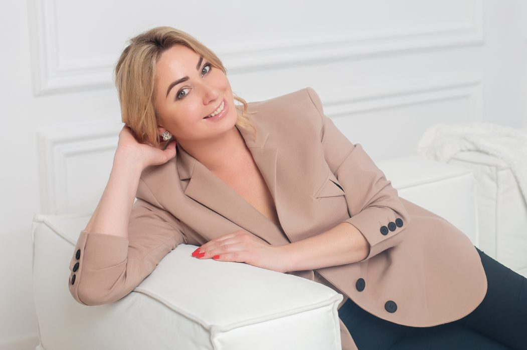 Жена посла Украины в Швейцарии Татьяна Рыбченко — о новой жизни в Берне на службе у страны