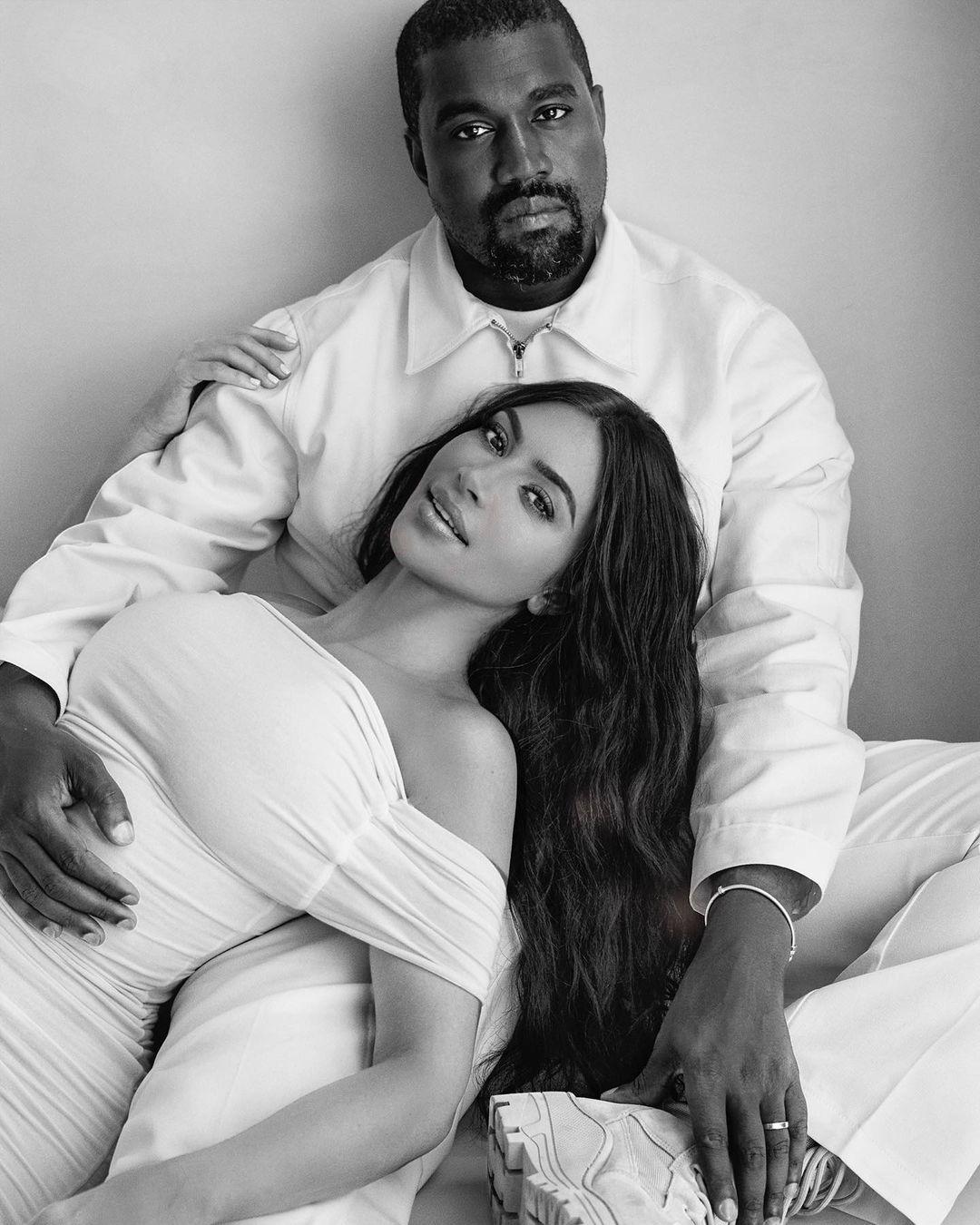 «Я неудачница»: Ким Кардашьян прокомментировала развод с Канье Уэстом