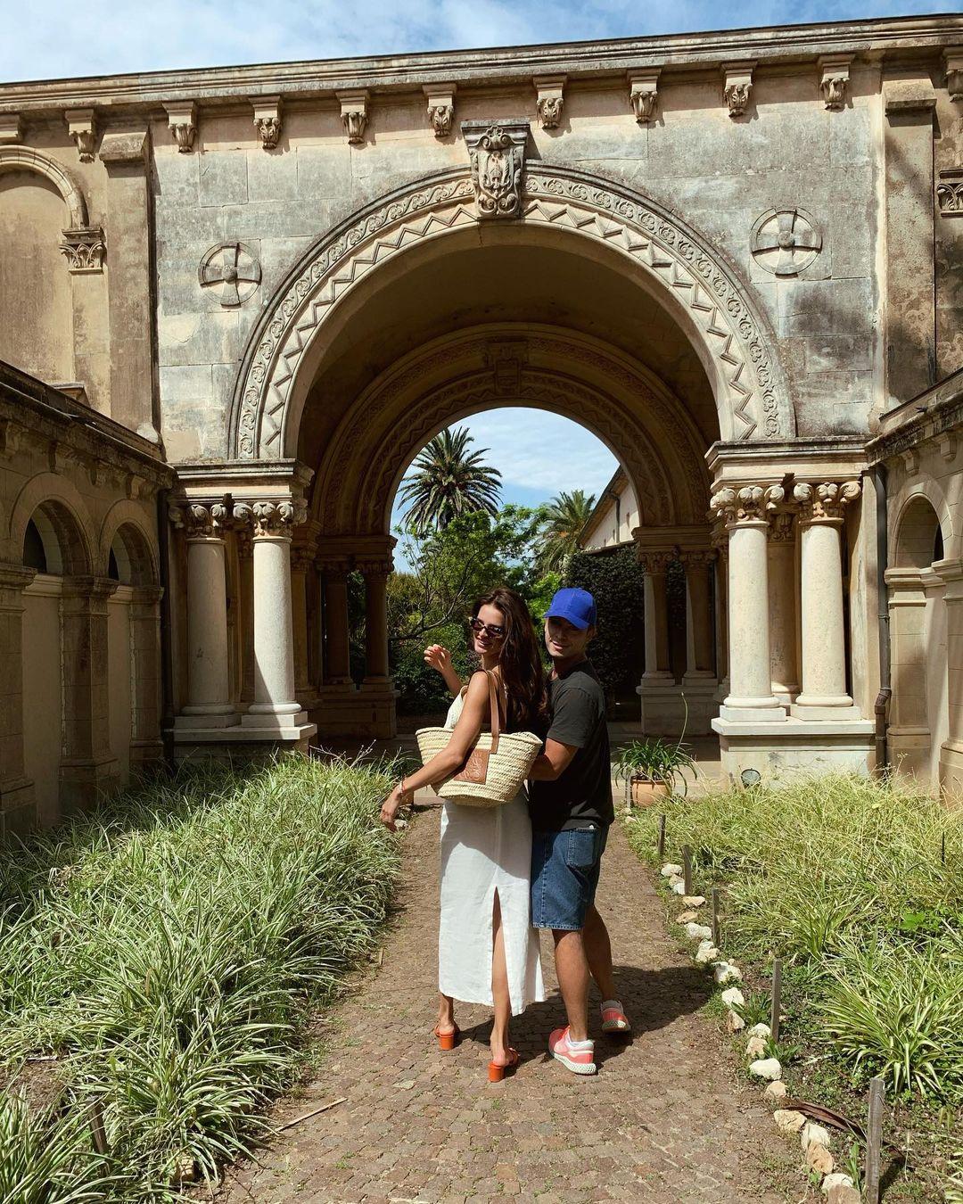 Открытки из Канн: как проходят каникулы Анны Андрес
