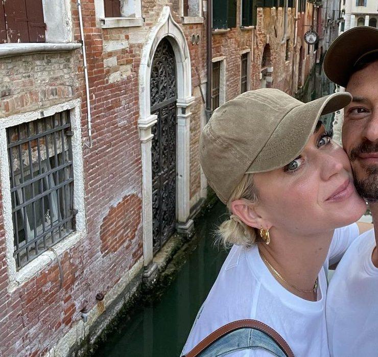 Піца, поцілунки та селфі: Кеті Перрі та Орландо Блум відпочивають у Венеції