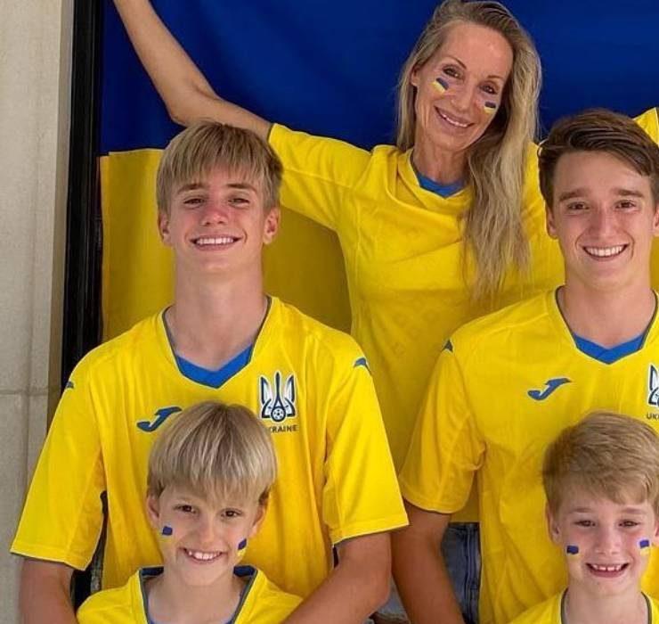 Семейный кадр: жена Андрея Шевченко поздравила Украину с первой победой на Евро-2020