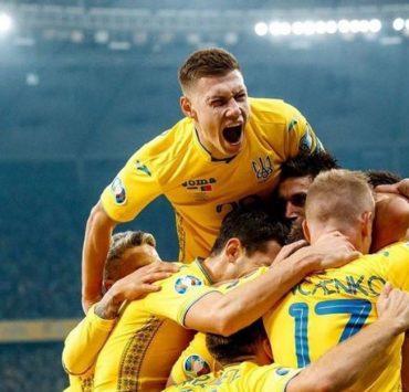 «Плачу от счастья»: Катя Осадчая, Потап и Monatik о победе Украины в 1/8 финала Евро-2020